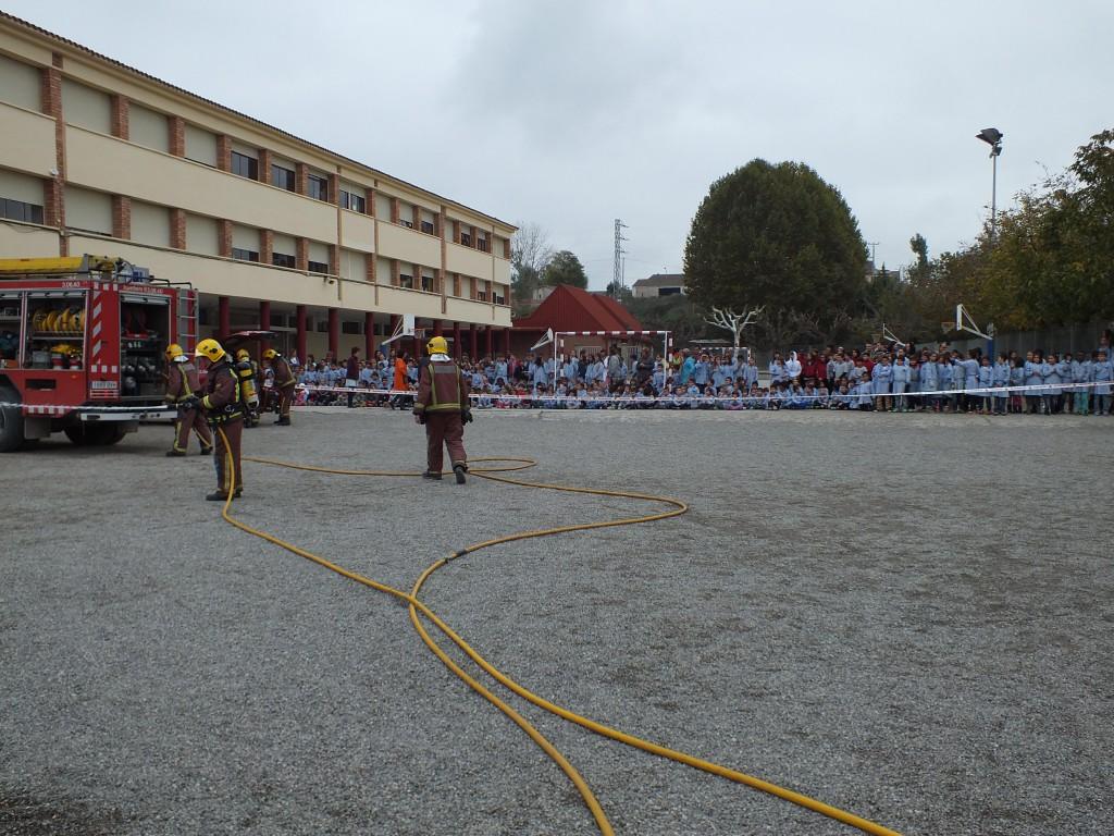 Simulacre d'incendi a l'escola Gaspar de Portolà (Autor: Aj. Balaguer)