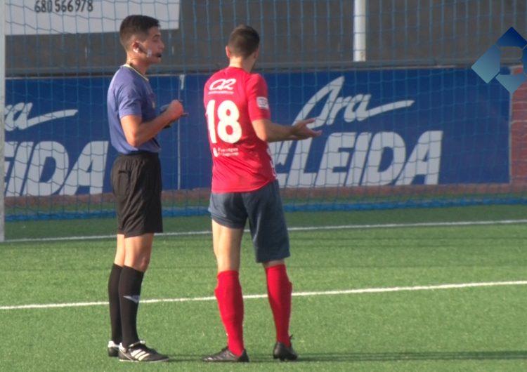 El CF Balaguer perd a casa contra la UD Viladecans en un partit marcat per la polèmica arbitral