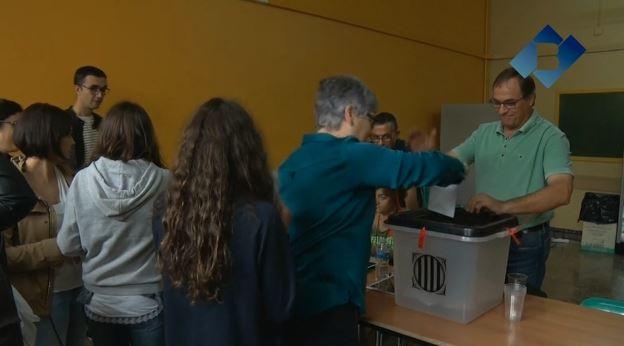 Poesia, música i imatges per recordar el primer aniversari de l'1 d'Octubre al Teatre Municipal de Balaguer