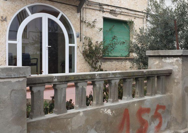 Apareixen més pintades a favor de l'article 155 a Balaguer