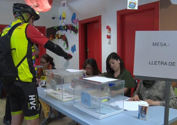 La participació a Balaguer a les 18h és del 51,65%