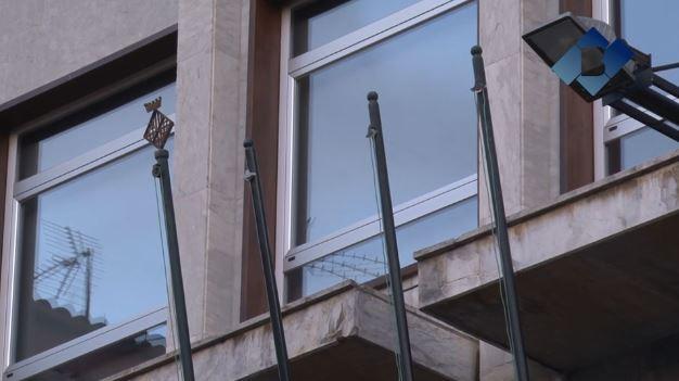La Subdelegació del Govern insta a l'Ajuntament de Balaguer a posar la bandera espanyola al balcó
