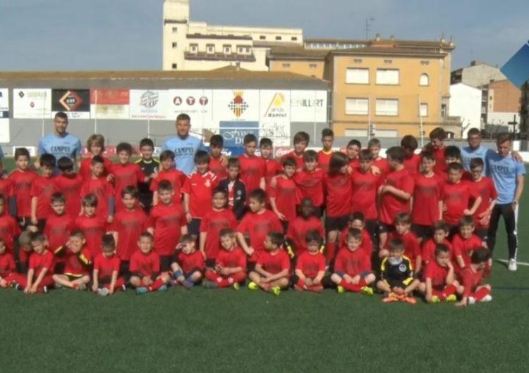 Una seixantena de jugadors participen al Campus de Setmana Santa del CF Balaguer