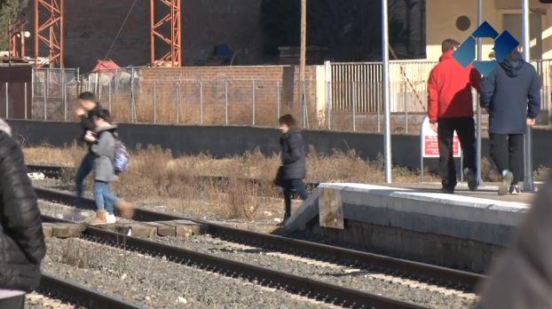 Territori estudia traslladar l'estació de trens de Balaguer 100 metres cap al sud