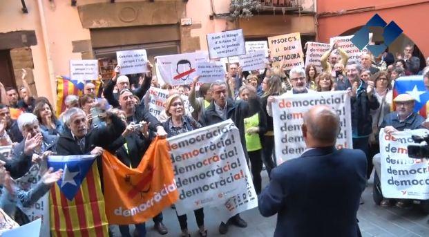 Domènec Sabanés s'adhereix al dret de no declarar i no signar l'acta