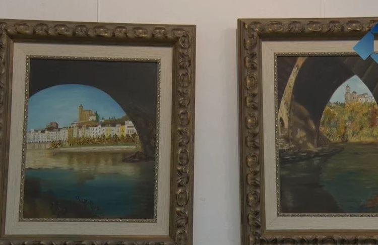Ramona Villar exposa una seixantena de pintures a l'Ajuntament de Balaguer