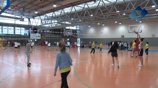 Els alumnes de secundària participen a la 15a edició de la Diada Olímpica