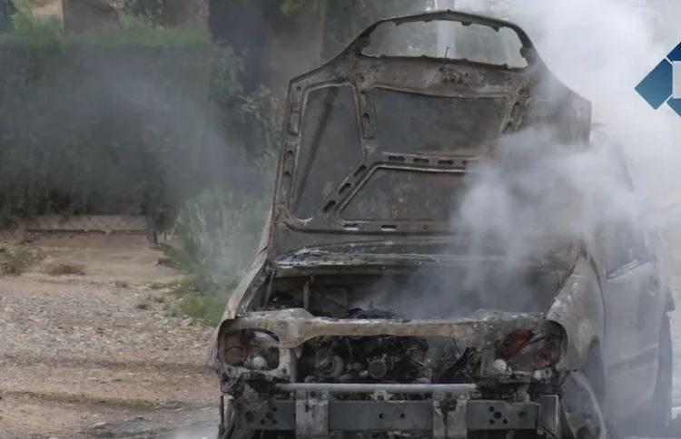 Els bombers intervenen en la crema d'un cotxe a Vallfogona de Balaguer