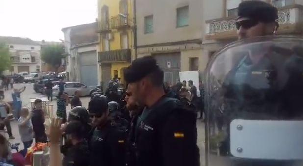 La Guàrdia Civil requisa paperetes i sobres a Menàrguens