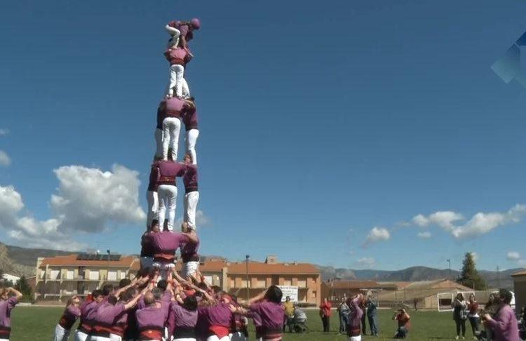 Els castellers d'Igualada posen la cirereta a la IV edició de Fira Gerb