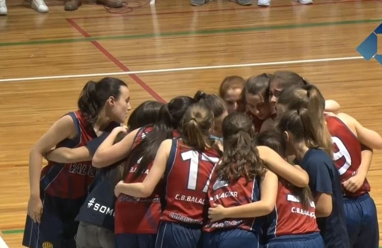 Les júniors del CB Balaguer guanyen el campionat territorial a casa