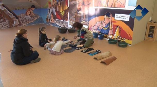 """El Centre d'Interpretació de l'Or del Segre ofereix el taller """"Les pedres secretes del Segre"""""""