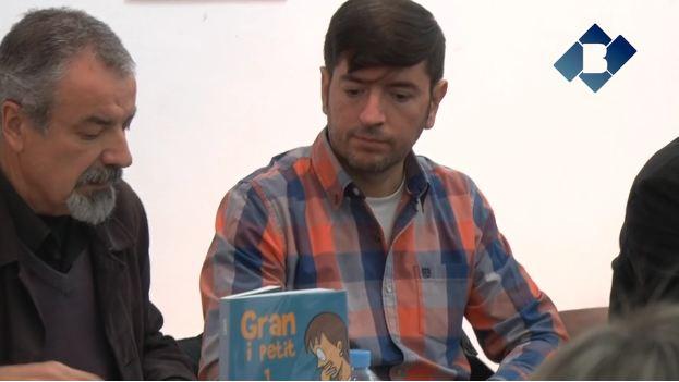 """Chanti presenta el seu llibre """"Gran i petit"""" a Balaguer"""