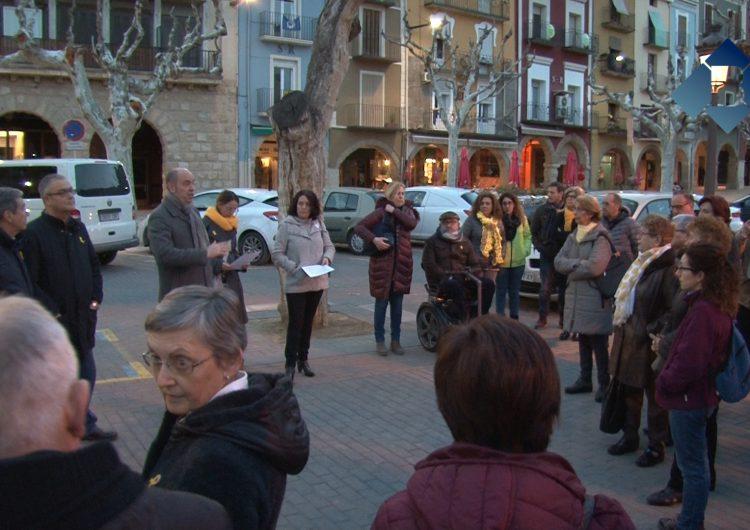 Concentració per reclamar la llibertat de Jordi Sánchez i Jordi Cuixart, cins mesos després del seu empresonament