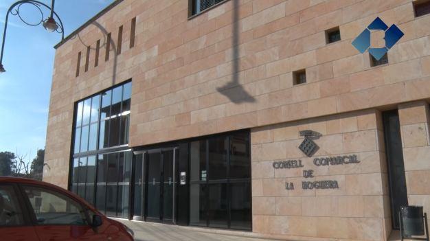 El Consell Comarcal compra 1.000 braçalets amb codis QR pels avis de la comarca