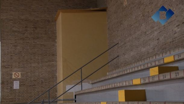 L'Ajuntament de Balaguer instal·larà un ascensor a la graderia del poliesportiu
