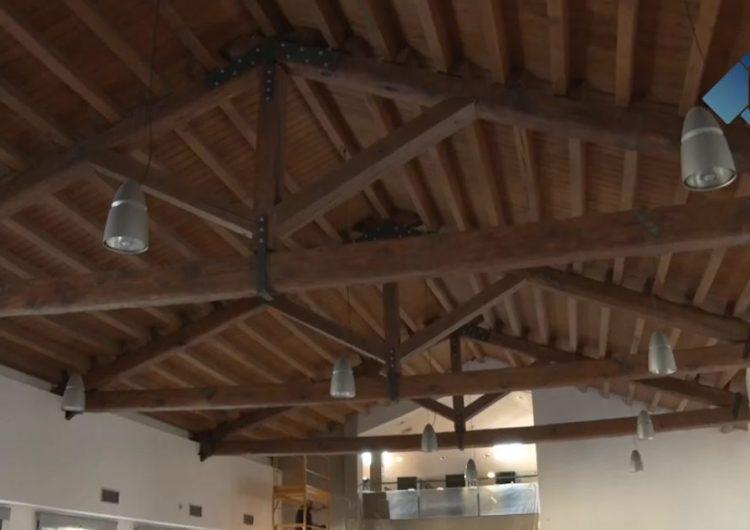 Comencen les obres de substitució de l'enllumenat de la Biblioteca Margarida de Montferrat