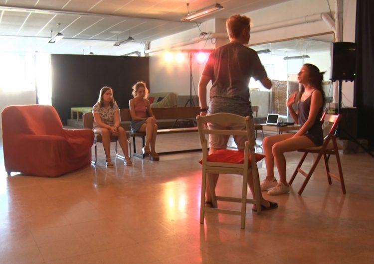 L'Aula de la Crisi prepara el festival de final de curs