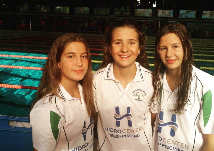Bon paper de les tres nedadores del CEN balaguer en l'estatal de natació infantil