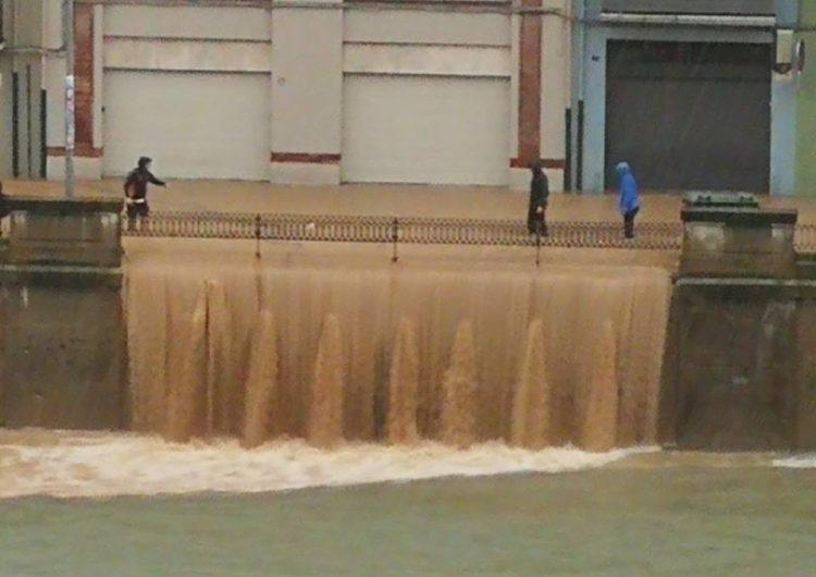 Una forta tempesta inunda Balaguer