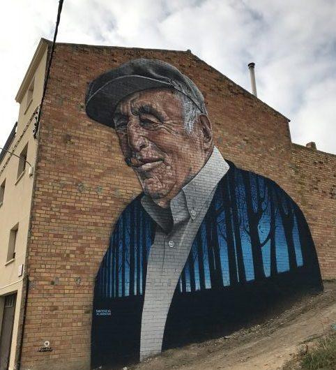 """Mor el """"Tato"""", protagonista d'un popular mural de Penelles"""