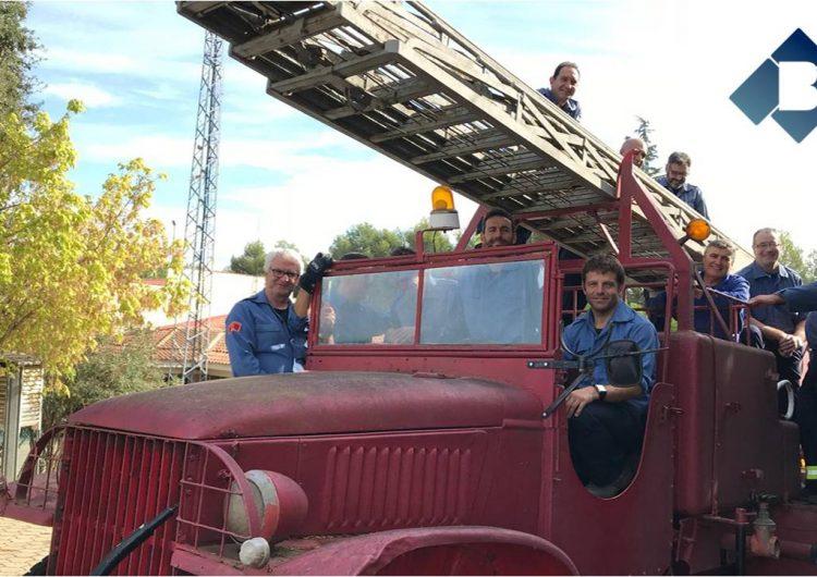 Els Bombers de Balaguer recuperen dos vehicles històrics del parc