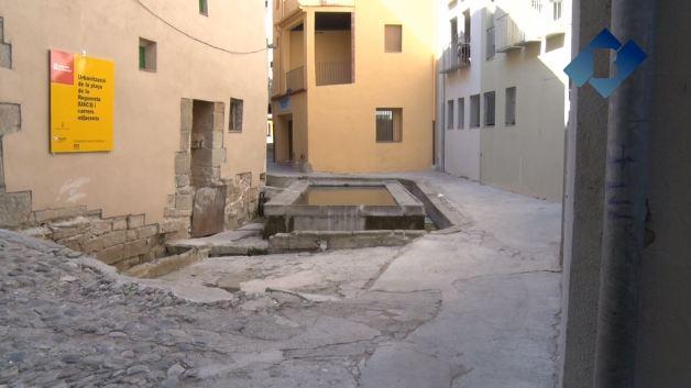 Inici de les obres d'urbanització de la plaça de la Reguereta