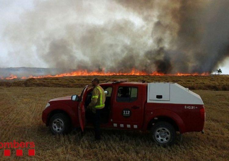 Incendi agrícola a La Sentiu de Sió