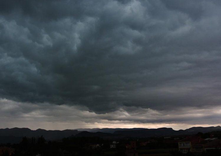 Protecció Civil de la Generalitat activa l'Alerta del pla INUNCAT per les tempestes que estan entrant per Ponent
