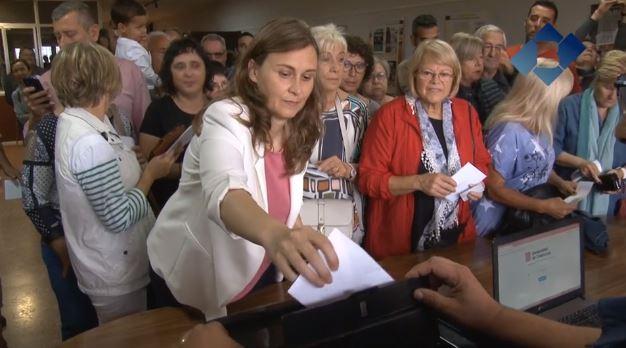 Meritxell Serret vota a Vallfogona i condemna les càrregues policials arreu del país