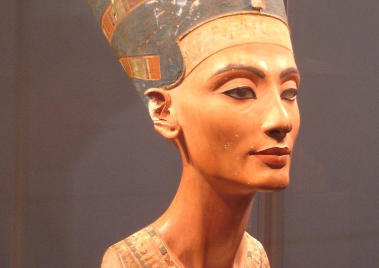 Entre Nefertiti i Sixena