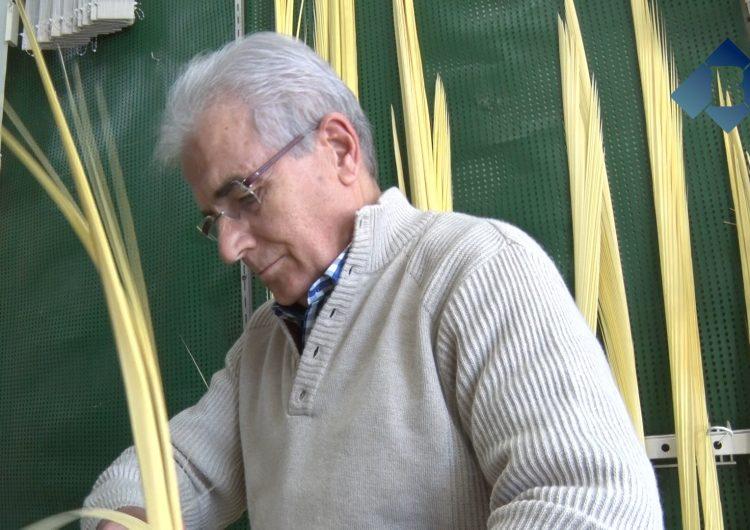 Palmes i palmons artesanals amb 80 anys d'història