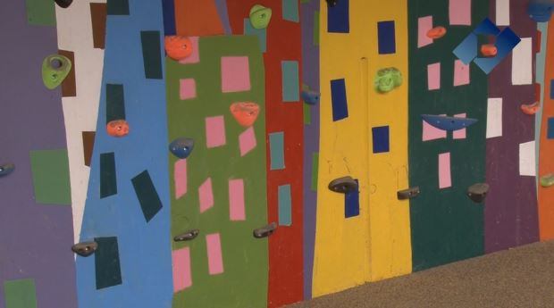 Els centres educatius de Balaguer tindran rocòdroms a les zones d'esbarjo