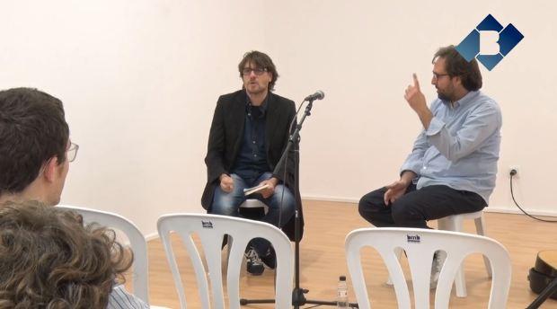 """Roger Mas presenta el seu llibre """"El dolor de la bellesa"""" a Balaguer"""