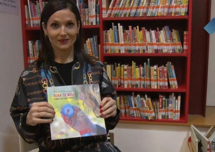 """Míriam Ródenas presenta el seu primer llibre """"Rona se mira ¡Tengo los ojos verdes!"""""""