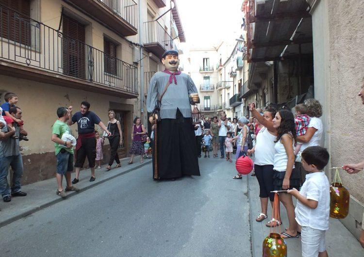 Balaguer celebra la processó de fanalets de Sant Jaume