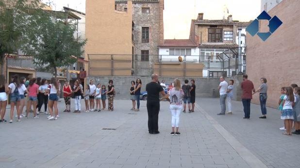 """Finalitza el taller per aprendre a ballar """"La Galop de Balaguer"""""""