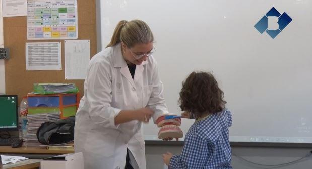 """Comencen els tallers """"Dents fortes i sanes"""" als centres educatius de Balaguer"""