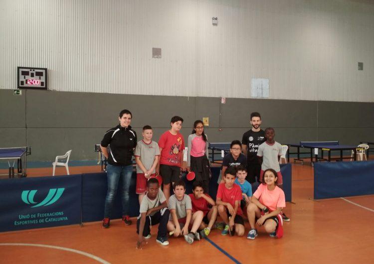 """El programa """"Tennis Taula a les Escoles"""" acaba amb un torneig al Pavelló Inpacsa"""