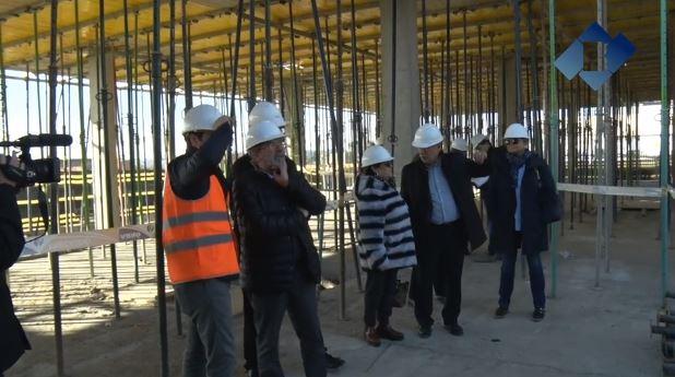 Joan Reñé visita el futur Hospital de Veterinària de Torrelameu