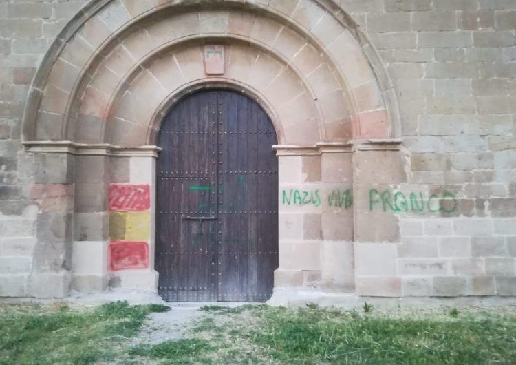 Apareixen pintades amb símbols nazis i a favor de Franco al monestir de Santa Maria de les Franqueses