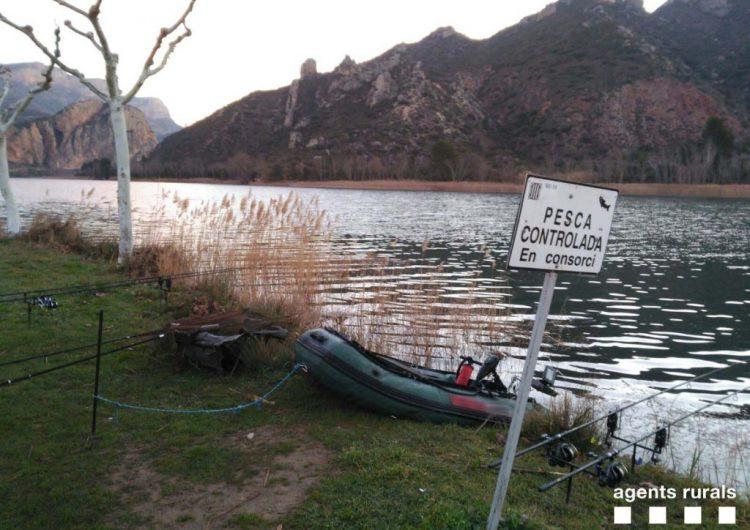 Els Agents Rurals denuncien una persona per navegar amb motor elèctric a l'embassament de Sant Llorenç de Montgai