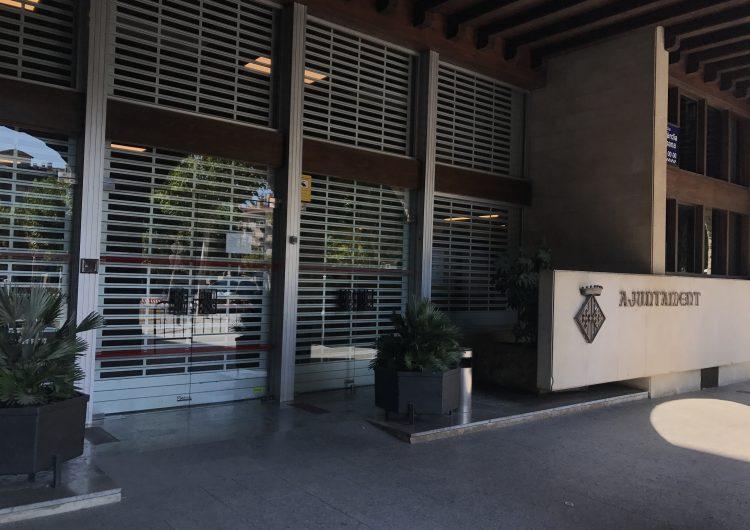 """Balaguer se suma al tancament de portes en rebuig """"al setge policial a les institucions"""""""