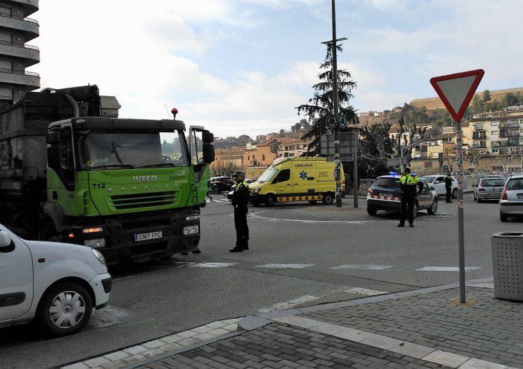 Un camió atropella una vianant a la Plaça Pau Casals de Balaguer