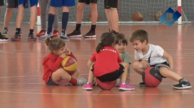 Jornada de portes obertes dels equips de la base del Club Bàsquet Balaguer