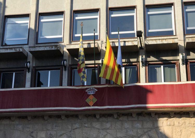 Ciutadans denuncia l'Ajuntament de Balaguer per no penjar la bandera espanyola