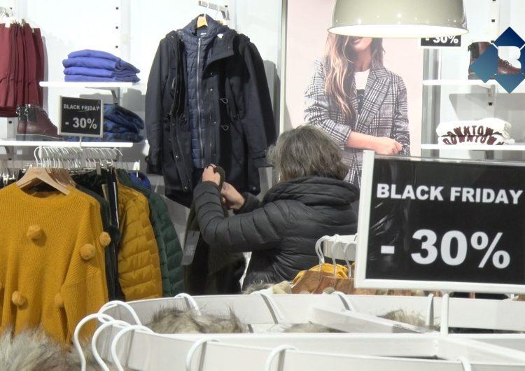 Els comerços balaguerins se sumen al 'Black Friday'