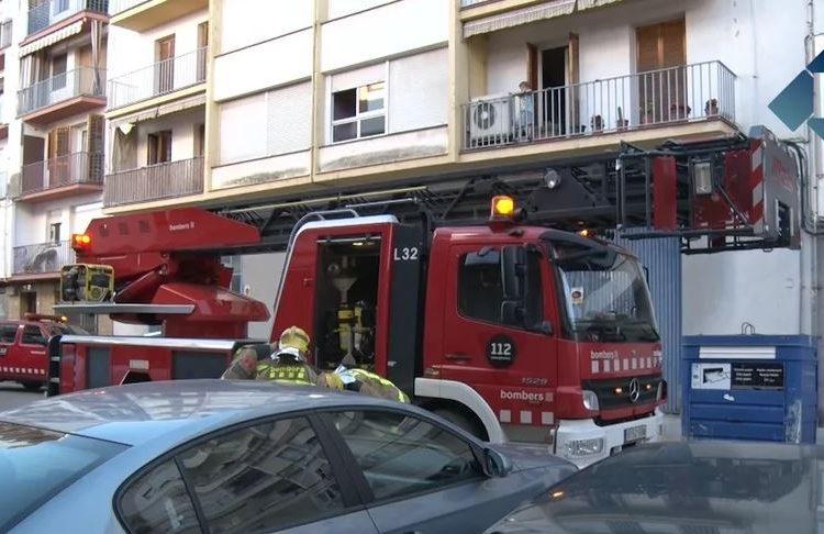 Incendi en un pis del carrer Bellcaire de Balaguer