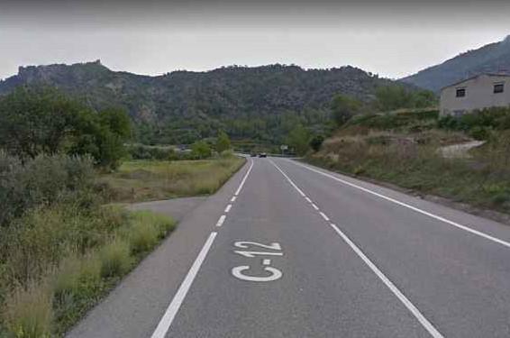 Mor un motorista en una sortida de via a la C-12 a Àger