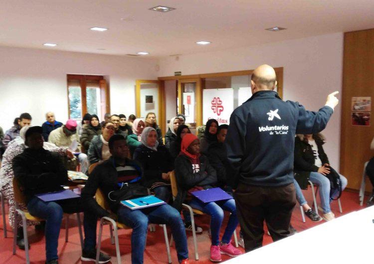 Taller d'economia domèstica a Càritas Balaguer